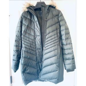 Abercrombie & Fitch Long Down Stretch Puffer
